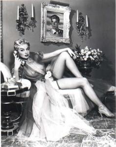 6f4eccacf8300ac65b7ca416c32375c3--vintage-burlesque-vintage-lingerie