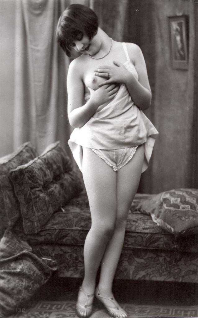 Flapper posing in lingerie
